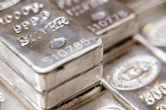 白银价格为什么比黄金价格低这么多?