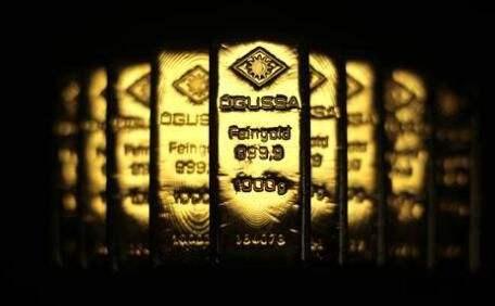 """鲍威尔""""鹰爪""""酿金价惨案 国际黄金价格遭重创"""
