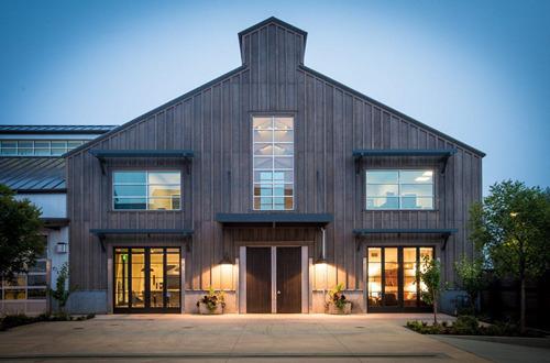 杜克霍恩酒庄收购加州知名黑皮诺生产商