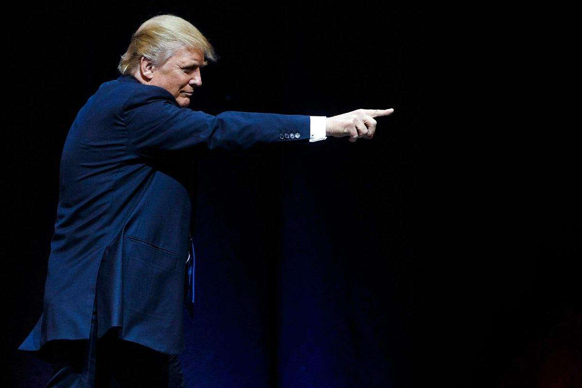 特朗普改口美元急挫 黄金价格多头趁机反攻!