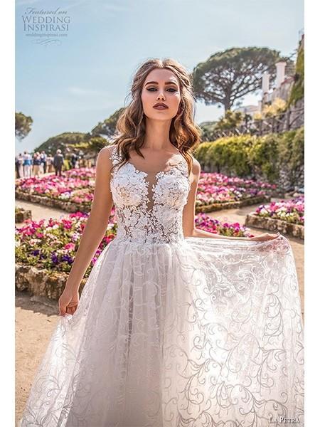La Petra 2019婚纱系列 难以抗拒的优雅魅力