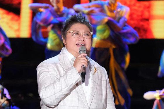 韩红发声明否认出家 皈依佛门是不实消息