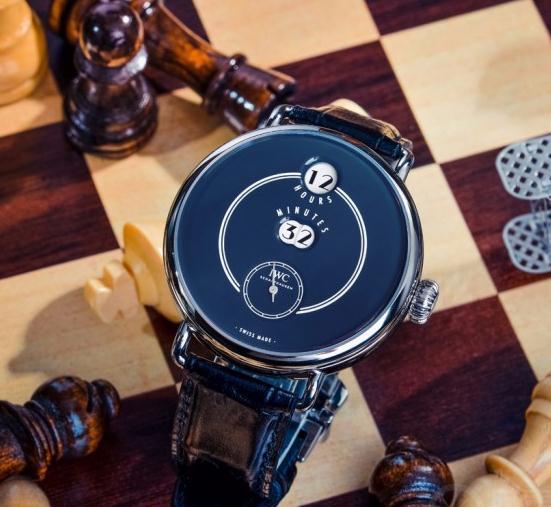 品鉴IWC万国表致敬波威柏150周年特别版腕表