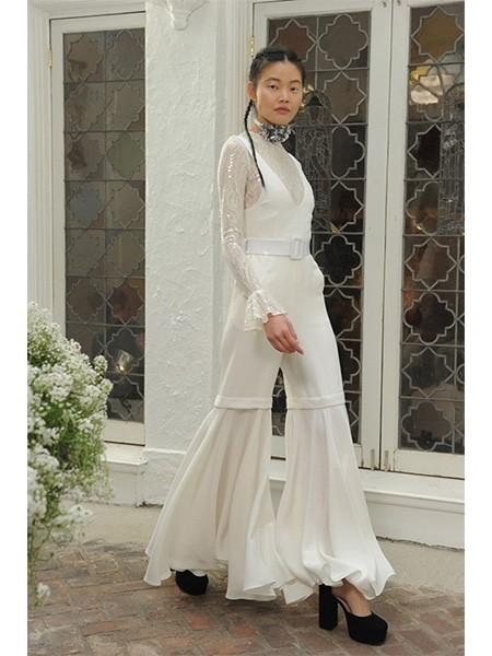 高贵典雅的另类嫁衣 摆脱传统礼服枷锁