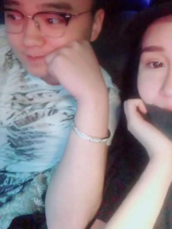 赵本山女儿男友疑宣布分手 被欺骗?