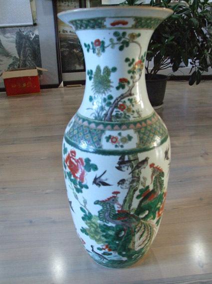 祖传古董花瓶不翼而飞 原来是被收废品的顺手牵羊