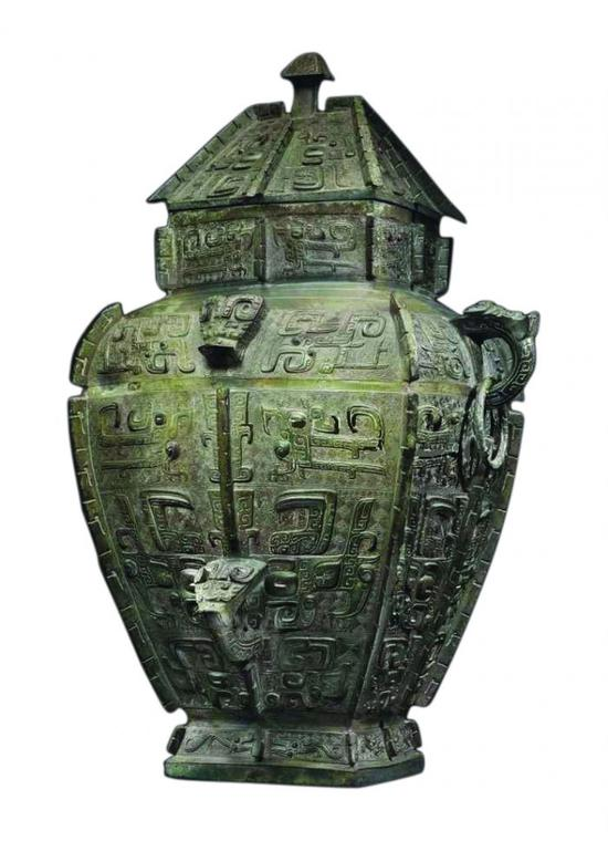 中国青铜器历来是世界公认的顶级艺术品 曾长期被市场低估