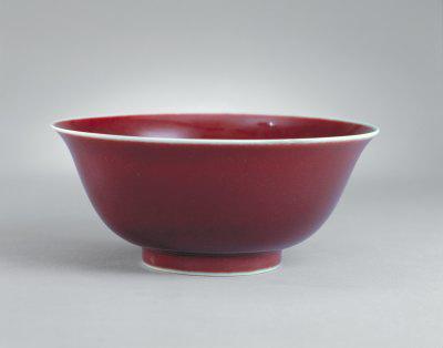 鲜红釉碗鉴赏