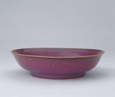仿钧玫瑰紫釉盘鉴赏
