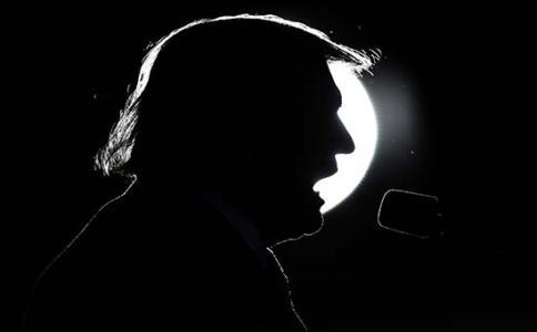 """特朗普再挥""""贸易大棒"""" 黄金价格窃喜趁机反扑!"""