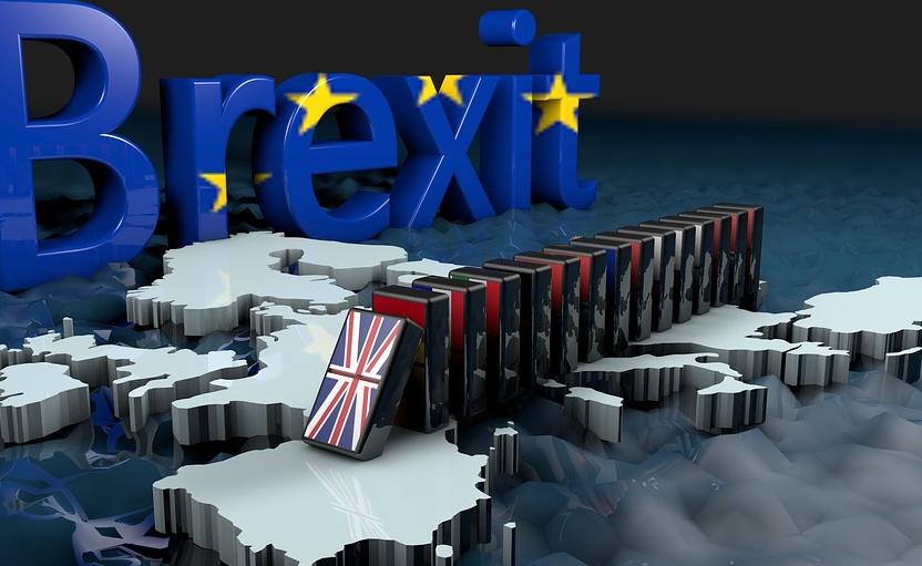 无协议脱欧风险将英镑推至悬崖边