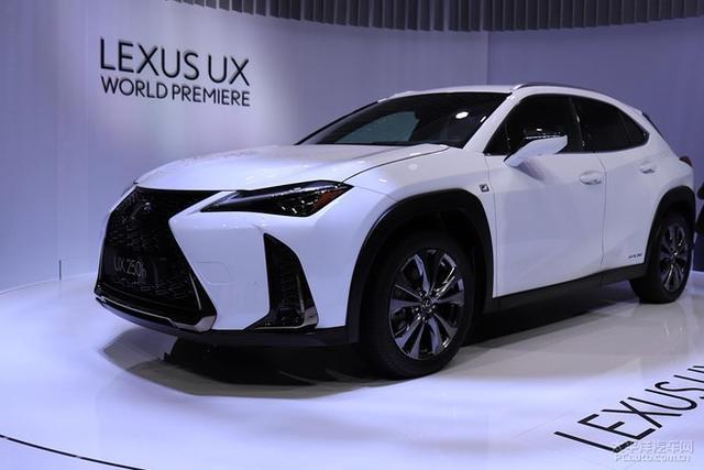 雷克萨斯UX成都车展国内首发