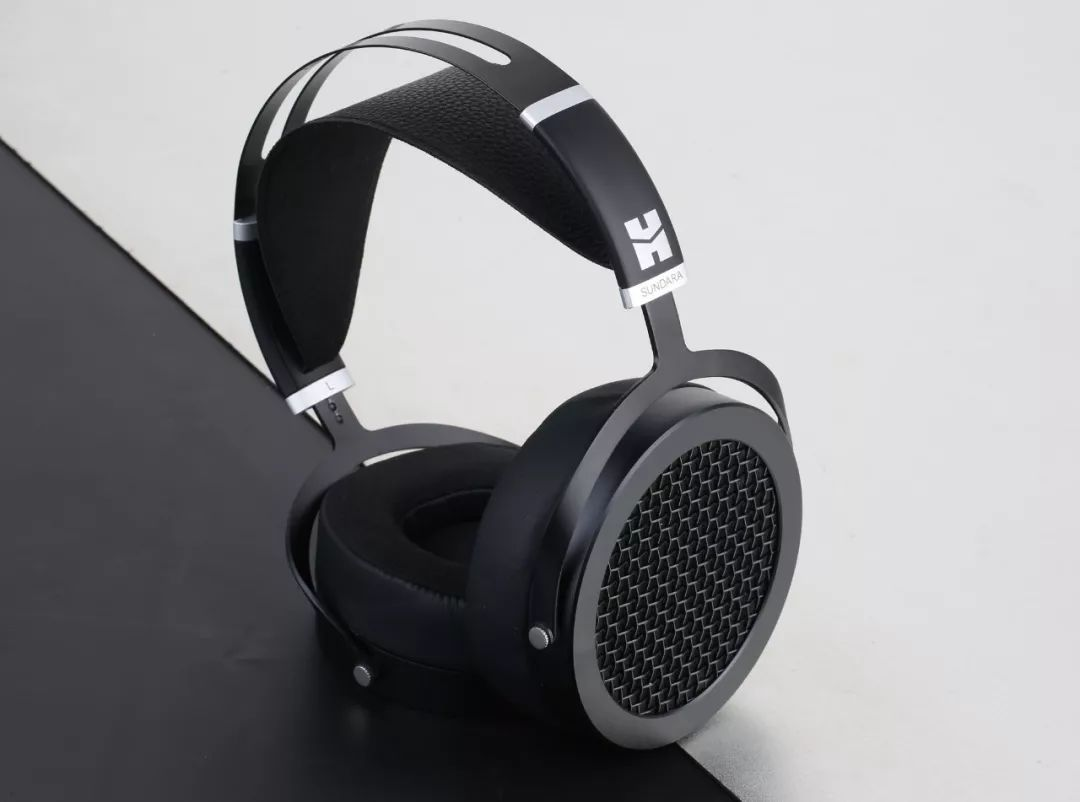 这是一个能让你听见美丽的耳机