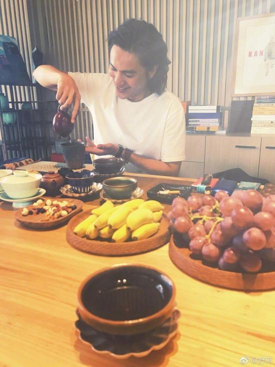 舒淇陈坤约吃斋食 生活方式真的十分健康!