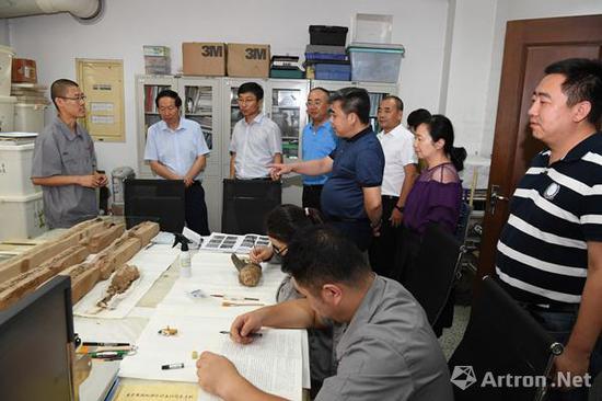 国家文物局到秦始皇帝陵博物院进行调研和指导