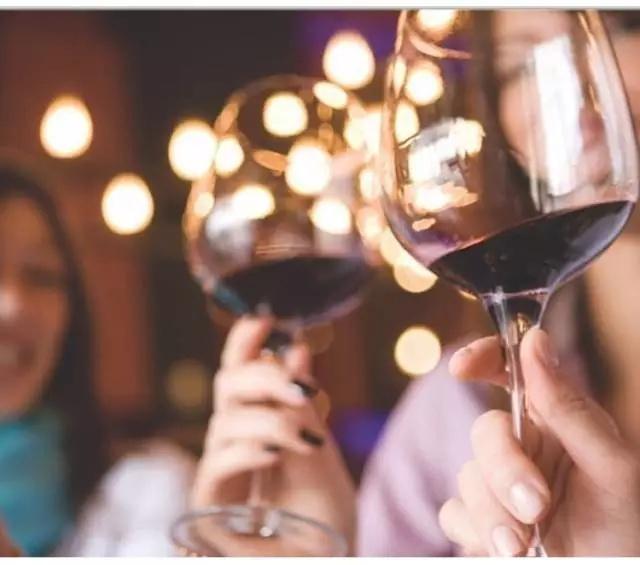 干红跟葡萄酒的区别