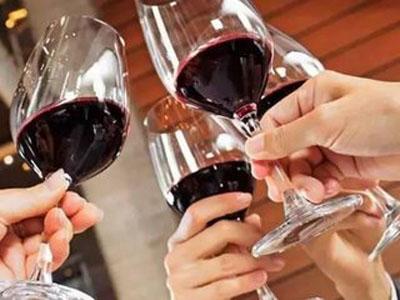 喝干红葡萄酒有什么好处