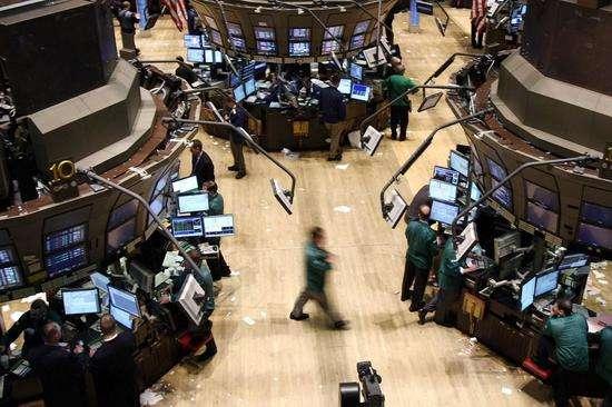 """美股""""老""""牛仍坚持 科技股资金缓慢流入"""
