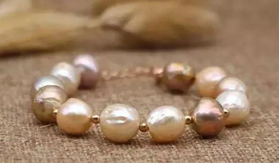 珍珠为什么会蜕皮、变黄、变暗