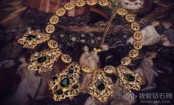 19世纪复古风珠宝首饰赏析