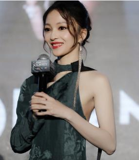 """张韶涵直言曾被歌手同行伤害 称""""假的人太多了"""""""