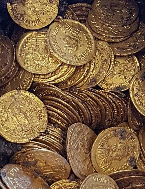 意大利旧剧院施工发现数百枚完好无损金币 预计价值数百万欧元