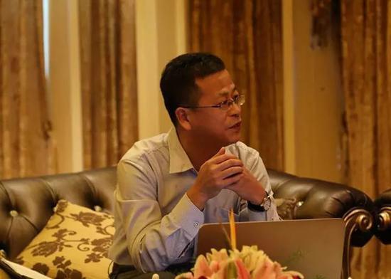 中国汽车销量三连降 乘联会秘书长:中国车市冬天来了