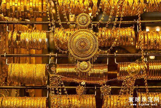 黄金珠宝龙头企业有望凭借加盟商优势进一步高效扩大市场份额