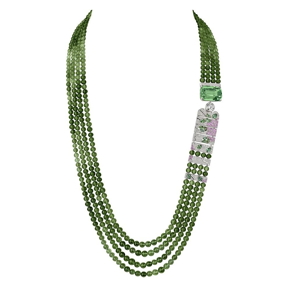 香奈儿最新系列珠宝Coromandel 以乌木屏风为灵感
