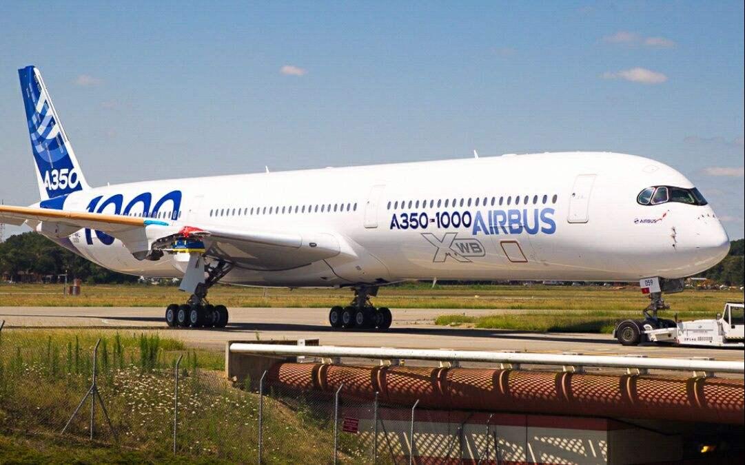 国泰航空于法国图卢兹接收首架A350-1000私人飞机