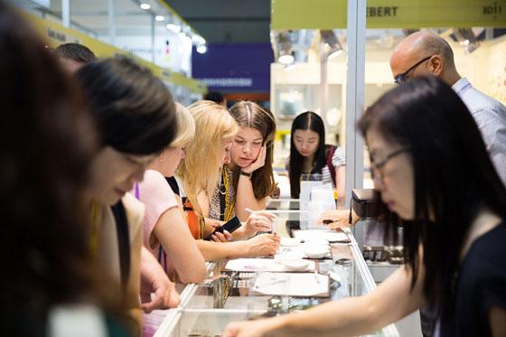 9月香港珠宝首饰展览会 参展商超过3700家