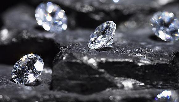 钻石之昂贵全是人为的假象 价格之虚高也是垄断的手段