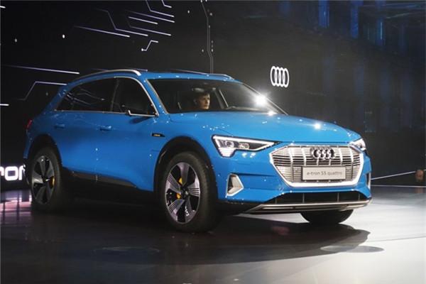 奥迪e-tron quattro正式发布 采用电动车平台打造