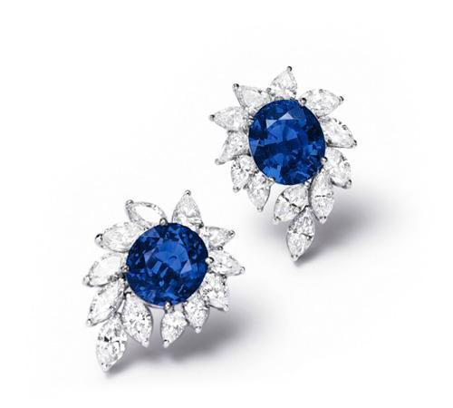 """""""天国之石""""缅甸蓝宝石 高贵浓重光芒令人仿佛纵身拥抱整个浩瀚星河"""