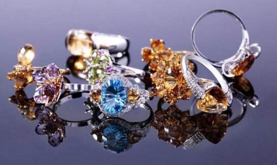 彩色宝石行业现状与发展前景 为珠宝商提供了新的蓝海市场