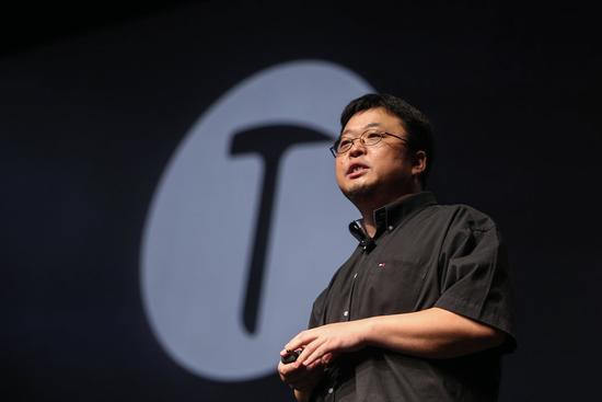 央视曝子弹短信骚扰 罗永浩称新版早已解决
