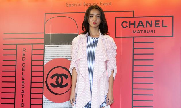 木村拓哉女儿木村光希成为日本首位CHANEL美妆产品大使