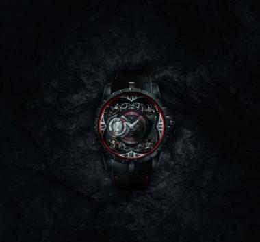 罗杰杜彼Excalibur Quatuor Carbon四游丝摆轮碳纤维腕表