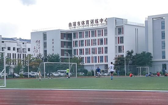 乡村建起了健身路径 成为十里八乡共同的运动场