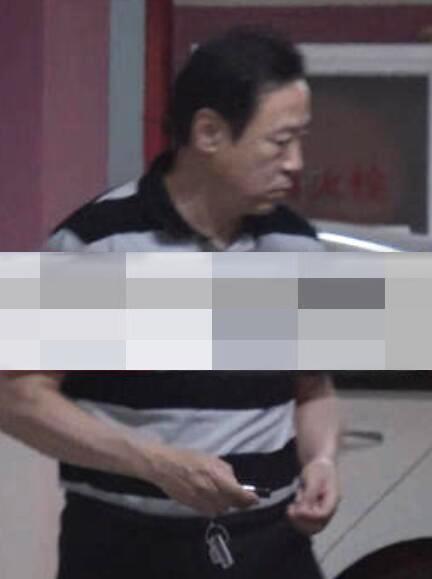 周涛老公正面照曝光 结婚14年恩爱如初