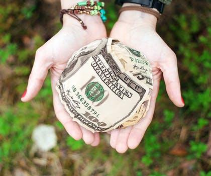 中期选举哪个党派占优势?将若何影响美元?