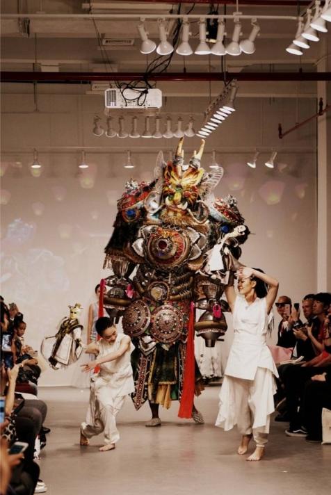 如懿传东方美学亮相纽约时装秀 延续时尚风范