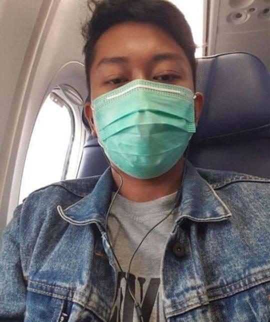印尼男子坠机前自拍 两周前刚和青梅竹马的伴侣结婚