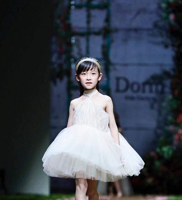Dorm Kids Couture 2019春夏高级儿童礼服定制系列在中国国际时装周上首亮相