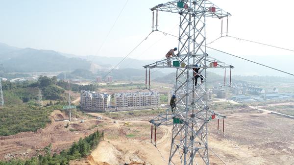 沙县供电公司最高电力铁塔通过验收
