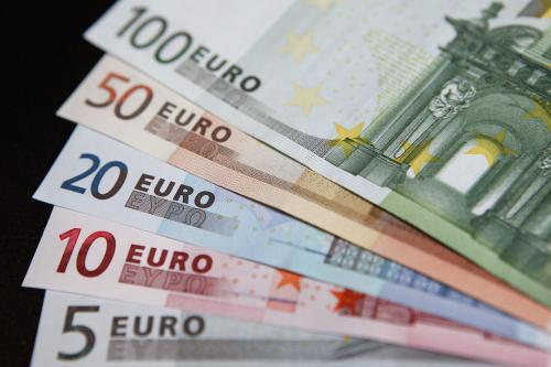 重磅事件来袭!欧元走势盯紧这一关键阻力位