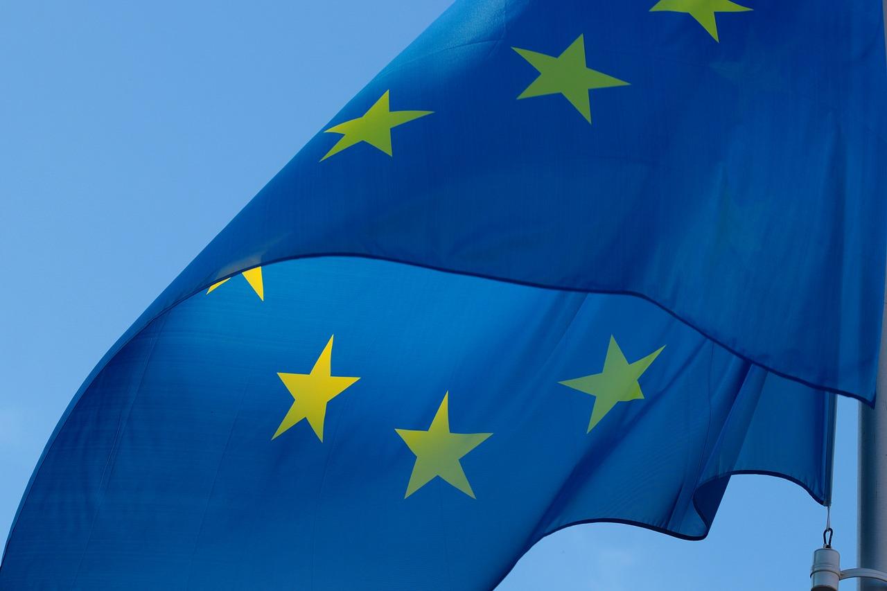 欧元区财长与意大利共商预算问题
