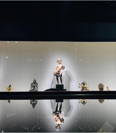 古天一2018秋拍巡展厦门站在随安古美术馆开幕