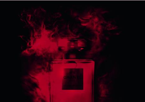 沉闷秋冬一抹香味能让你幸福感爆棚 今秋最火的4款香水
