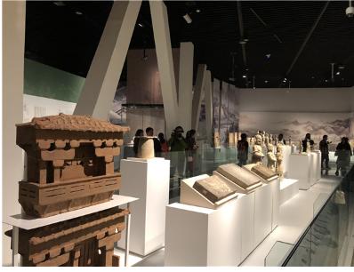 """""""双城记:成都·宜宾""""开幕仪式在成都博物馆顺利举行 展览将持续至2019年2月"""